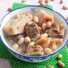 花生莲藕排骨汤的做法