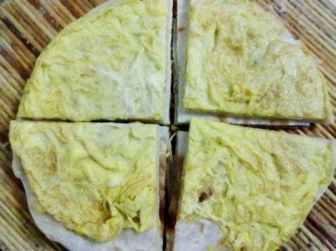 烙饼粘鸡蛋的做法_家常烙饼粘鸡蛋的做法【图】烙饼粘