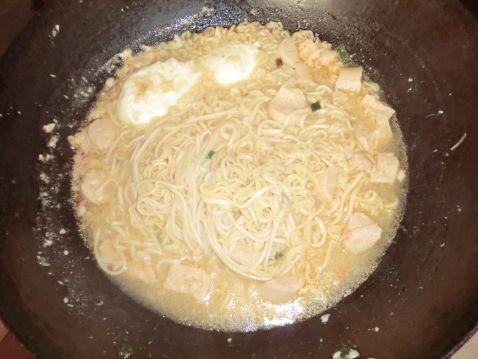 巧煮方便面的做法【步骤图】_菜谱_美食杰