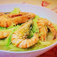 青萝卜炖虾的做法