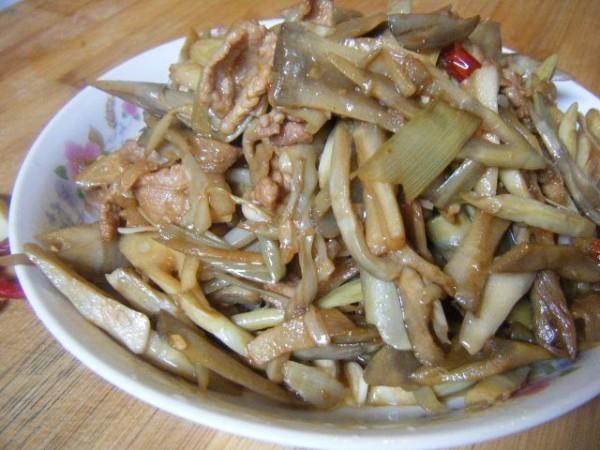 鲜芦笋炒肉um.jpg