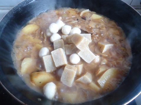 豆腐鱼丸炖土豆uf.jpg