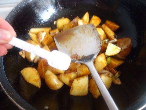 豆腐鱼丸炖土豆Uo.jpg