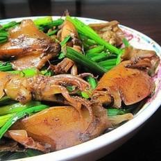 韭菜花炒笔管鱼