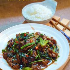 菠菜蠔油牛肉的做法