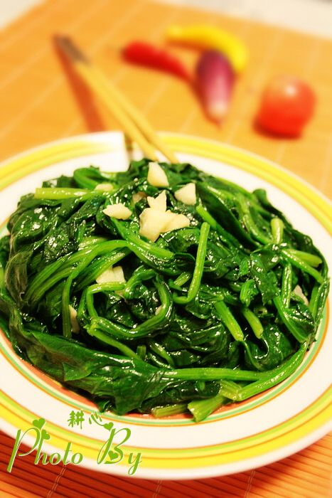 炒菠菜jE.jpg