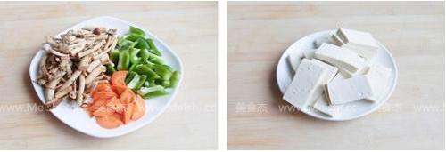 茶树菇烧豆腐Vc.jpg