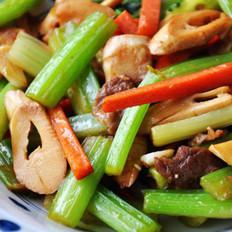 笋尖西芹炒肉的做法