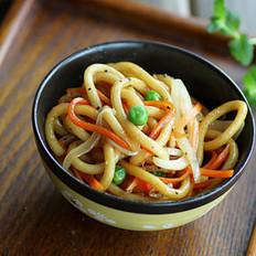 杂蔬肉丝炒乌东的做法