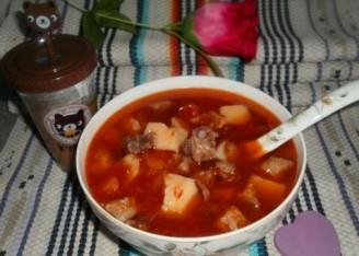 牛肉炖土豆柿子的做法