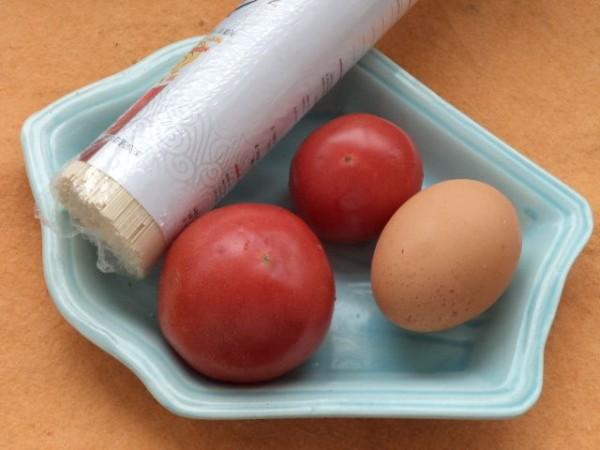 西红柿鸡蛋挂面汤AI.jpg