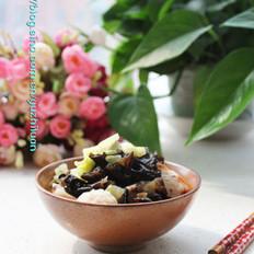 白菜木耳烩鱼丸