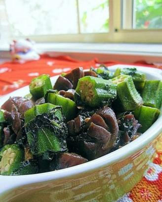 炒紫橄榄菜的做法_紫苏秋葵炒鸭胗的做法【步骤图】_菜谱_美食杰