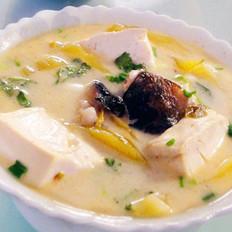 酸菜魚頭燉豆腐的做法