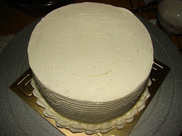 简单可爱懒羊羊蛋糕图案