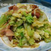 圆白菜炒培根的做法