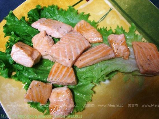 香煎三文鱼CF.jpg