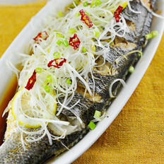 柠香鲈鱼的做法