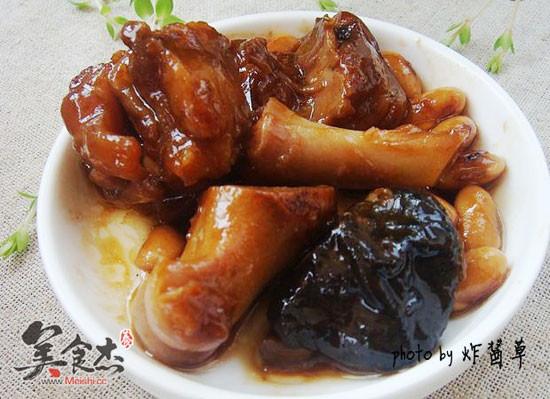 香菇黄豆猪蹄煲eC.jpg