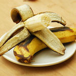 香蕉带皮烤更能治疗便秘