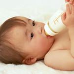 母乳喂养可提高宝宝智力