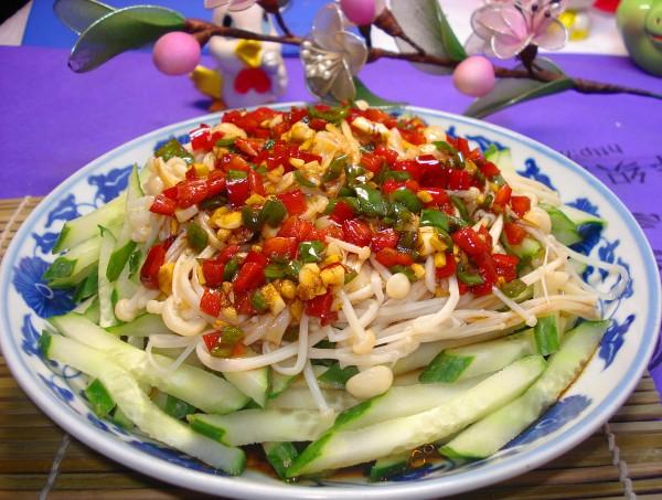 黄瓜拌金针菇Nh.jpg