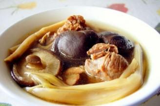 打印香菇黄花菜炖排骨的做法