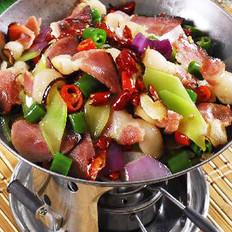 干锅青笋腊肉 的做法