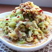 羊肉片炒圆白菜
