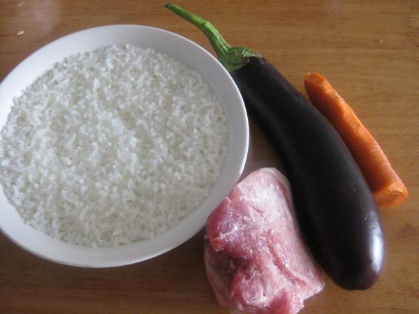 茄子肉丁盖浇饭的做法