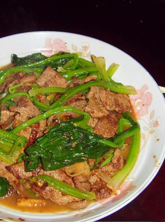 猪肝炒菠菜的做法