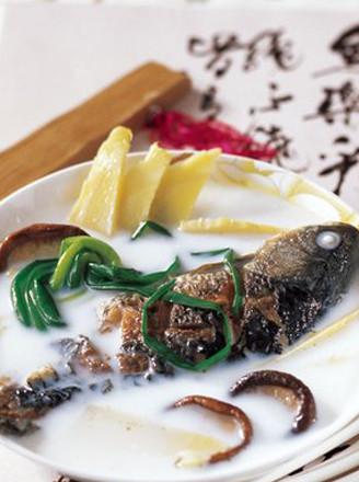 白汤鲫鱼的做法