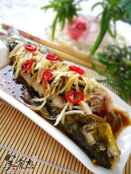 乳猪的做法_清蒸黄蜡(颡)鱼的做法_清蒸黄蜡(颡)鱼怎么做_美食杰