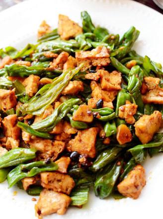 豆豉尖椒油豆腐的做法