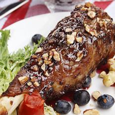蓝莓酱烤澳洲羊腿的做法