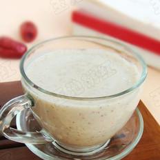 红枣薏米酸奶昔