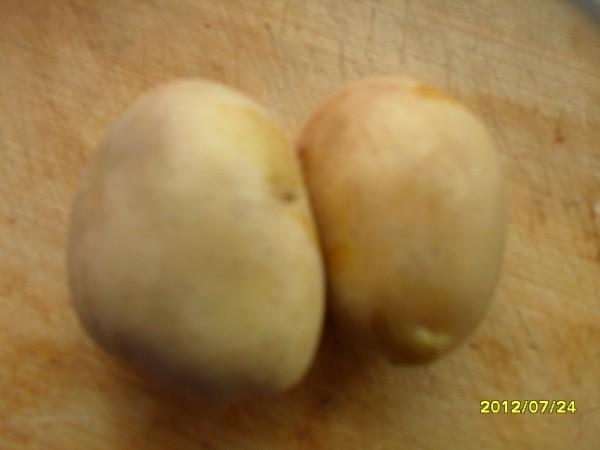 把土豆削皮