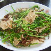香菜拌茶树菇