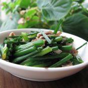韭菜苔炒鹅肉