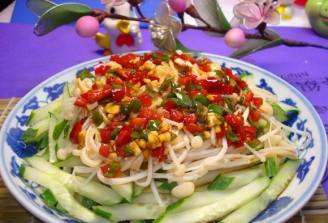 黄瓜拌金针菇的做法