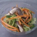 黑豆芽猪肚炒胡萝卜的做法