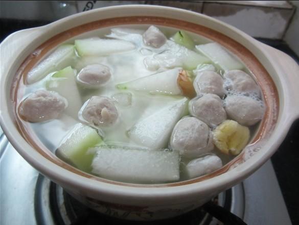 冬瓜瑶柱海米丸子汤的做法