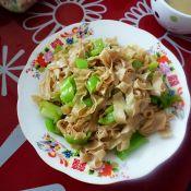 辣椒炒豆皮