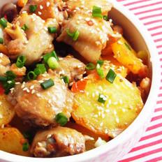 麻辣土豆烧鸡翅的做法