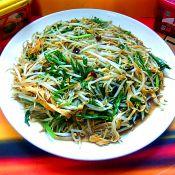 豆芽百叶辣炒韭菜的做法