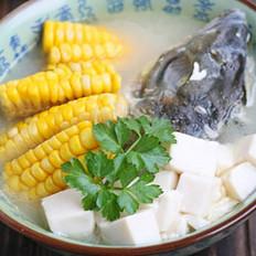 玉米鱼头豆腐汤的做法