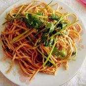香菜拌云丝的做法