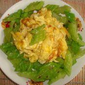 蒜香苦瓜炒雞蛋的做法