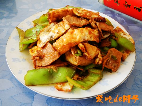 煎鸡蛋辣椒炒肉Dy.jpg