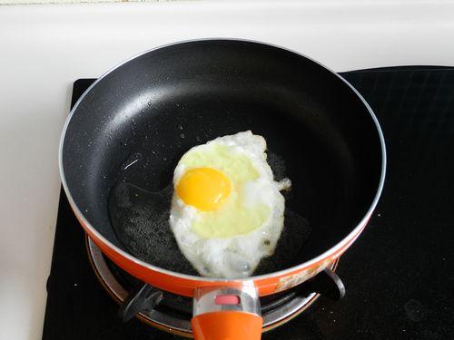 煎鸡蛋辣椒炒肉mT.jpg